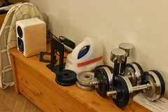ラウンジに置かれた小物の様子。(2020-12-08,共用部,LIVINGROOM,-1F)