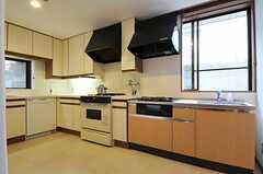 キッチンの様子2。(2011-10-24,共用部,KITCHEN,1F)