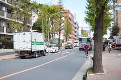駅からシェアハウスへ向かう道の様子。(2021-04-07,共用部,ENVIRONMENT,1F)