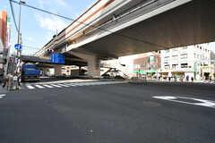 笹塚駅前の交差点の様子。(2021-04-07,共用部,ENVIRONMENT,1F)