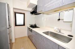 シェアハウスのキッチンの様子。(2009-10-09,共用部,KITCHEN,7F)