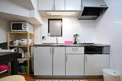 キッチンの様子。(2013-05-23,共用部,KITCHEN,2F)