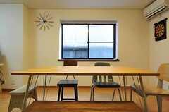 椅子の種類はすべて違います。(2013-01-31,共用部,LIVINGROOM,1F)