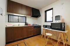 キッチンの様子。(2013-01-31,共用部,KITCHEN,1F)