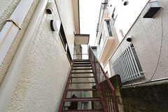 1階と2階の玄関は分かれています。(2016-09-28,共用部,OTHER,1F)