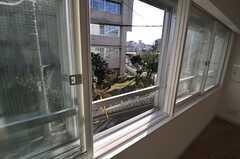 窓から見た外の景色。(202号室)(2014-03-11,専有部,ROOM,2F)