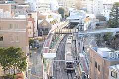 最寄の代官山駅のホームが見えます。(2014-03-11,共用部,OTHER,5F)