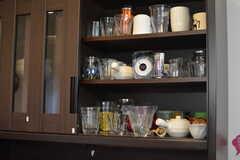 食器棚の様子2。(2020-10-08,共用部,KITCHEN,1F)