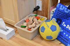 積み木やサッカーボールもあります。(2019-12-19,共用部,OTHER,2F)