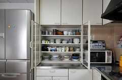 キッチン側にも食器棚があります。(2011-09-27,共用部,KITCHEN,2F)