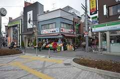 駅前は商店街があります。(2015-03-03,共用部,ENVIRONMENT,1F)