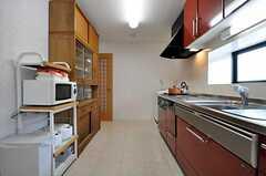シェアハウスのキッチンの様子。(2011-03-08,共用部,KITCHEN,1F)