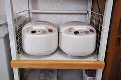 炊飯器の様子。(2011-03-08,共用部,KITCHEN,1F)