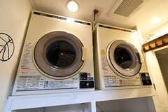 乾燥機の様子。(2021-03-24,共用部,LAUNDRY,1F)