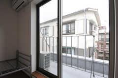 ベランダの様子。(306号室)(2012-10-23,専有部,ROOM,3F)