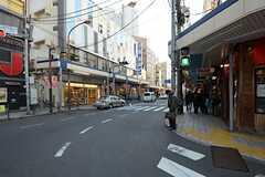 各線・大井町駅からシェアハウスへ向かう道の様子。(2012-12-07,共用部,ENVIRONMENT,1F)