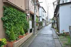 周りは静かな住宅街です。(2015-08-20,共用部,ENVIRONMENT,1F)