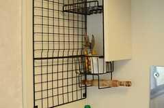 小さめのラックもついています。(127号室)(2012-11-27,専有部,ROOM,2F)