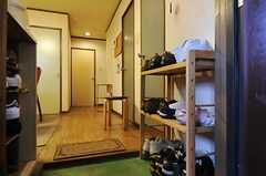 玄関からみた内部の様子。(2012-11-27,専有部,ROOM,3F)
