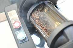 コーヒー豆をローストするマシーン。(2012-12-28,共用部,OTHER,1F)