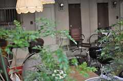 デッキテラスは毎日、誰かがくつろいでいます。(2012-12-28,共用部,OTHER,1F)