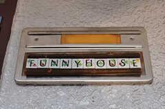 シェアハウスのサイン。(2012-05-28,周辺環境,ENTRANCE,2F)