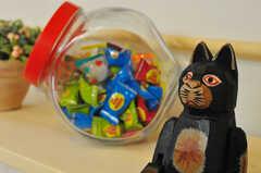 カラフルな飴玉はオーナーさんが用意したものだそう。(2012-05-28,周辺環境,ENTRANCE,2F)