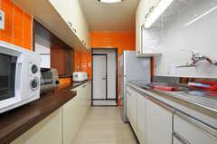 シェアハウスのキッチンの様子2。(2011-03-31,共用部,KITCHEN,3F)