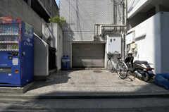 自転車置場の様子。(2011-03-31,共用部,GARAGE,1F)