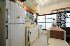 キッチンの様子2。(2013-05-21,共用部,KITCHEN,1F)