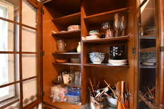 食器棚の様子。(2019-10-09,共用部,KITCHEN,2F)