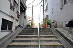 都営浅草線・戸越駅からシェアハウスへ向かう道の様子。(2010-09-02,共用部,ENVIRONMENT,1F)