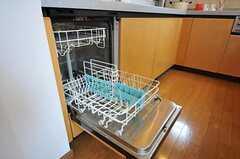 食洗機も使用可能です。(2011-05-19,共用部,KITCHEN,2F)