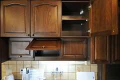 キッチンは収納も豊富です。(2013-03-28,共用部,KITCHEN,7F)