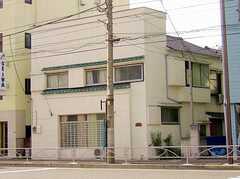 シェアハウス外観。(2005-12-03,共用部,OUTLOOK,1F)
