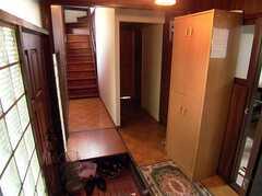 玄関から見た内部の様子。(2005-12-03,周辺環境,ENTRANCE,1F)