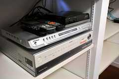 DVDも見られます。(2011-01-27,共用部,TV,2F)