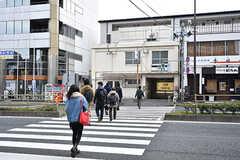 都営浅草線・戸越駅までは徒歩1分の距離。(2017-02-20,共用部,ENVIRONMENT,1F)