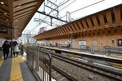 東急池上線・戸越銀座駅の様子2。木をふんだんに使った駅舎です。(2017-02-20,共用部,ENVIRONMENT,1F)