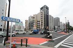 各線・東新宿駅前の様子。(2014-07-03,共用部,ENVIRONMENT,1F)