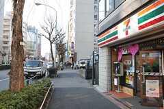 東京メトロ副都心線・東新宿駅の周辺の様子。(2015-03-09,共用部,ENVIRONMENT,1F)