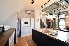 冷蔵庫が2台並んでいます。(2017-02-16,共用部,KITCHEN,3F)