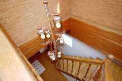 階段のシャンデリア。(2008-12-23,共用部,OTHER,7F)