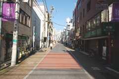 東京メトロ丸ノ内線新宿御苑駅からシェアハウスへ向かう道の様子。(2008-12-23,共用部,ENVIRONMENT,1F)