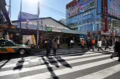 JR山手線・新大久保駅の様子。(2011-01-17,共用部,ENVIRONMENT,1F)