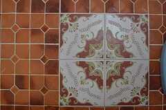バスルームの床のタイル。(2013-10-31,共用部,BATH,1F)