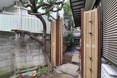縁側への入り口の様子。(2013-10-31,共用部,OTHER,1F)