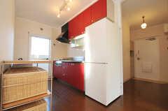 シェアハウスのキッチンの様子。(2010-12-15,共用部,KITCHEN,4F)