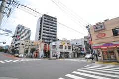 都営大江戸線・牛込柳町駅周辺の様子。(2010-10-18,共用部,ENVIRONMENT,1F)