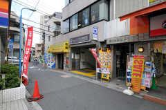 都営大江戸線・牛込柳町駅の様子。(2010-10-18,共用部,ENVIRONMENT,1F)